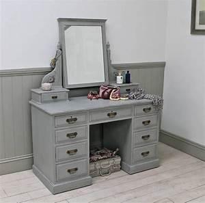 Meuble Coiffeuse But : meuble coiffeuse en blanc et en d autres couleurs 30 id es inspirantes maison pinterest ~ Teatrodelosmanantiales.com Idées de Décoration
