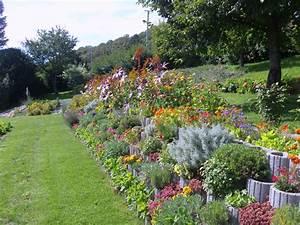Mur De Fleurs : mur de fleurs de rocaille clair soleil g te ou chambres d 39 h tes ~ Farleysfitness.com Idées de Décoration
