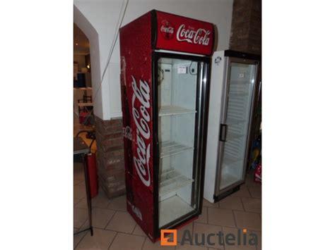 frigo vertical coca cola