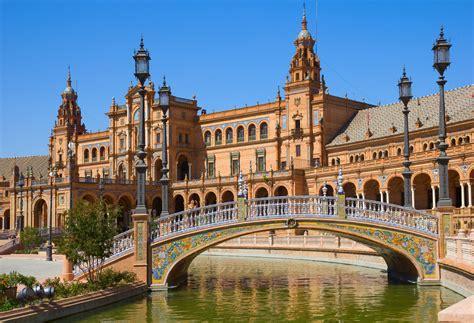 Sevilla, la ciudad regionalista   Sevilla City Centre