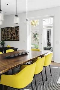 les chaises de salle a manger 60 idees archzinefr With salle À manger contemporaine avec chaise moderne pour salle a manger