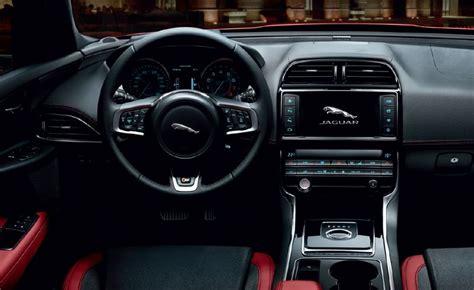 jaguar xe  interior autos actual mexico