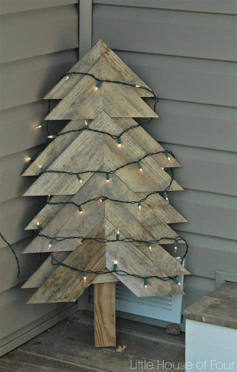 12 fabulous pallet christmas trees you can make yourself