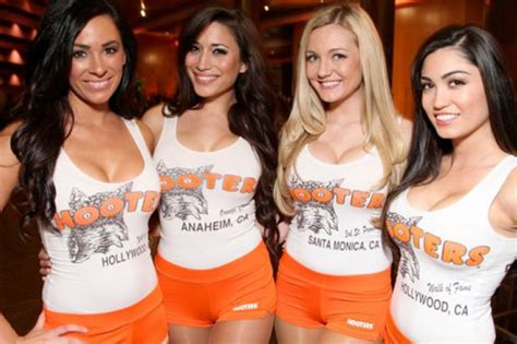Hooters plans radical new look at Hoots venue in Chicago | Daily Star
