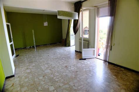 Affittare Appartamenti by Vendita Appartamenti Affitto Appartamenti Pesaro