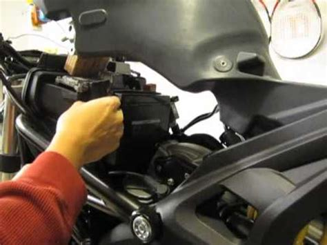 ducati monster  battery tender connector installation