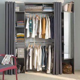 Dressing Tout En Un Avec Rideau : 25 best ideas about dressing avec rideau on pinterest ~ Dailycaller-alerts.com Idées de Décoration