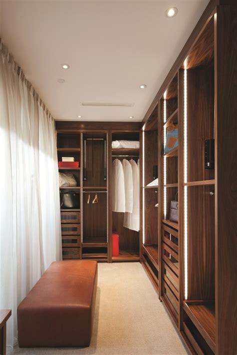 practical lighting ideas   closet digsdigs