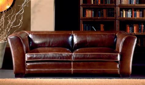 canapé chesterfield cuir 2 places canapés cuir original et vintage décor