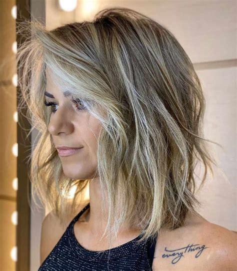 Hair Styles For Women 2021 : Medium Length Hairstyles for