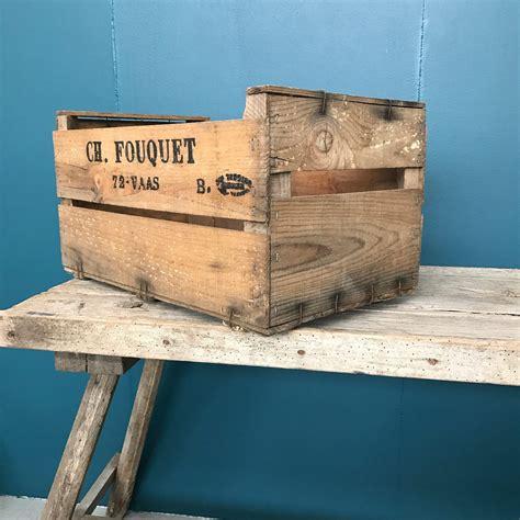 caisse a pommes en bois caisse 224 pommes ancienne en bois nettoy 233 es