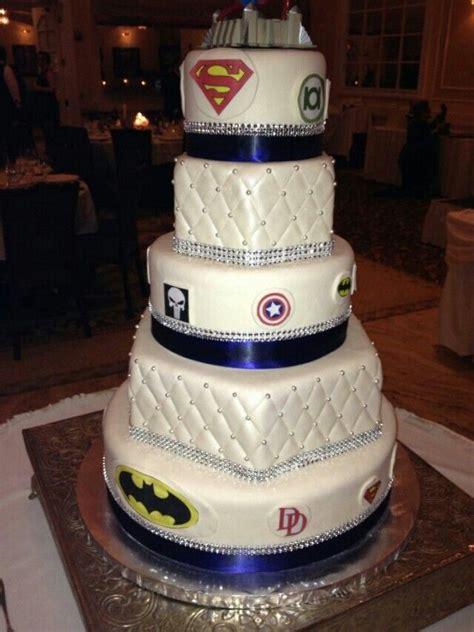 superman wedding cake idea   bella wedding