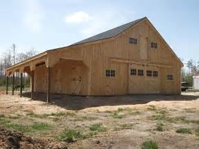 Horse Barn with Loft