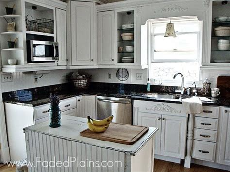 Small Kitchen Makeovers : + Ideas About Small Kitchen Makeovers On Pinterest