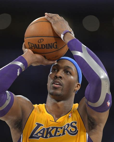 Dwight Howard's summer plans: Visiting with teams and ...
