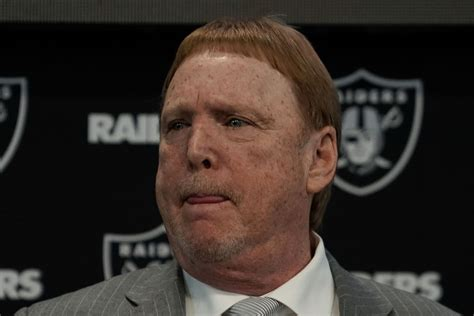 Raiders owner Mark Davis abstained from owner vote on ...