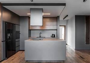 Küche Grau Holz : moderne offene k che in grau schwarz und holz k che ~ Michelbontemps.com Haus und Dekorationen