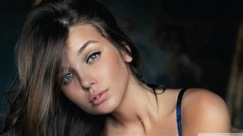 Woman Brunette Face Blue Eyes Wallpaper Girls