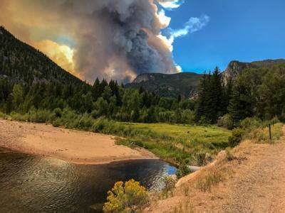 fort collins area fire explodes prompting rocky mountain