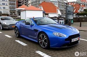 Cobalt Blue V12 Vantage Roadster in Knokke - front left ...