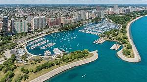 Belmont Harbor The Chicago Harbors In Chicago IL United