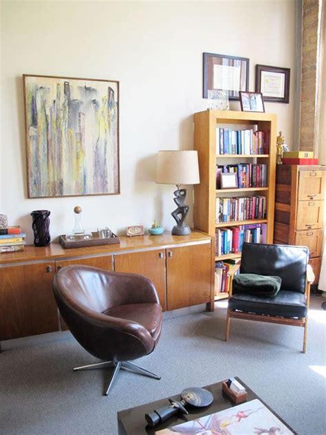 gallery modern therapist office