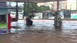 Chuva Alaga Posto De Gasolina No Vila Luzita - Santo Andre - Sp