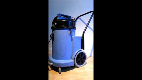 numatic wvd  industrialcommercial wet dry hoover