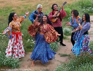 Dance on Pinterest   Flamenco, Dance and Dancing
