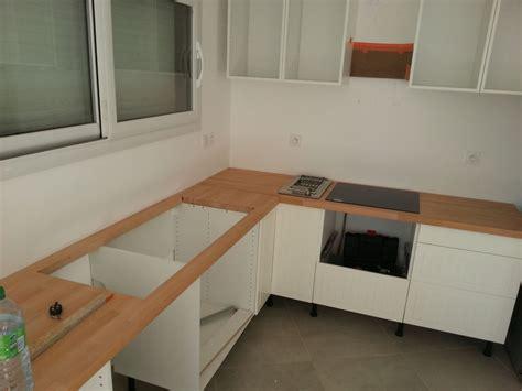 faire plan de cuisine fabriquer meuble salle de bain avec plan de travail