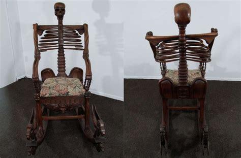 foto de 13 badass Skull Chairs for a Boo tiful Halloween
