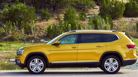 Today, they are the most popular vehicles in the consumer market. Latest 2018 Volkswagen Atlas SUV Car | HD Wallpapers