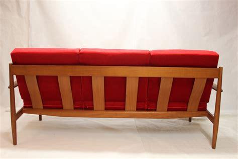 canapé en teck canapé modèle 118 en teck par grete jalk luckyfind