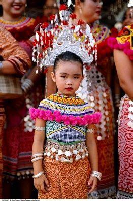 malaysian costume images  pinterest baju