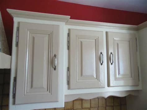 comment peindre des meubles de cuisine comment repeindre sa cuisine en bois cuisine bois