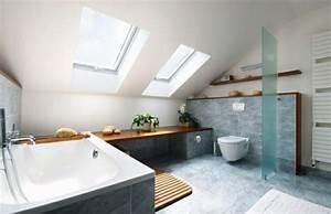 Grundriss Bad Dachschräge : luxus badezimmer 49 inspirierende einrichtungsideen ~ Markanthonyermac.com Haus und Dekorationen