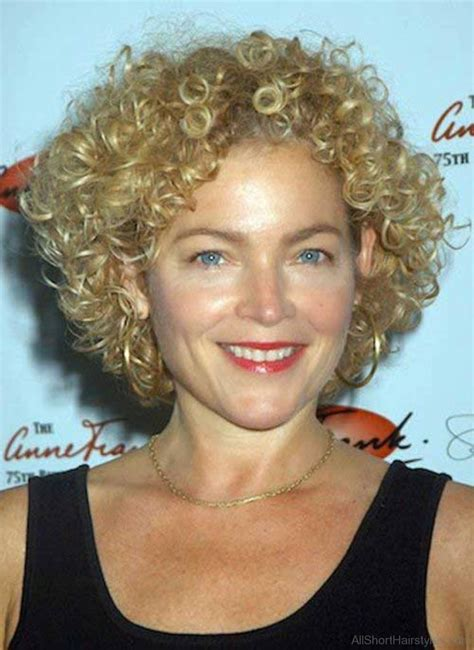 brilliant short curly bob hairstyles
