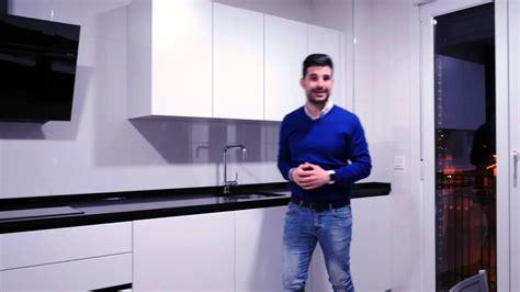 video cocinas modernas blancas  negras cocinas santos youtube