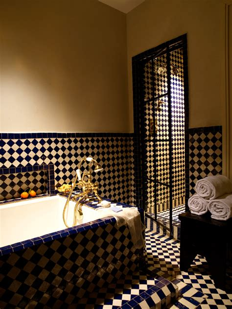 moroccan bathroom design ideas interiorholiccom