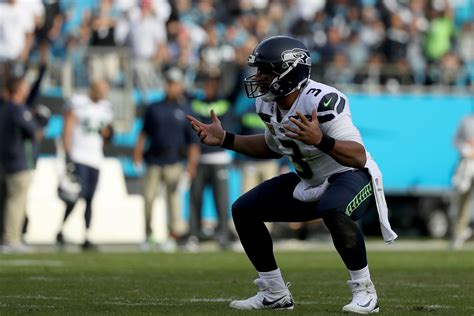 russell wilson  good field gulls