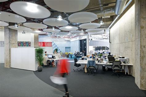 Office Space Vs The Office by Open Plan Vs Closed Plan Office Design Striking A Balance