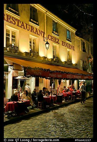 picturephoto restaurant  outdoor sitting  night