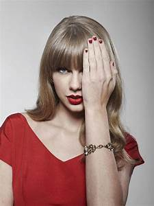 Taylor Swift bashes Republican Senate candidate Marsha Blackburn in favor of Tennessee Dems…