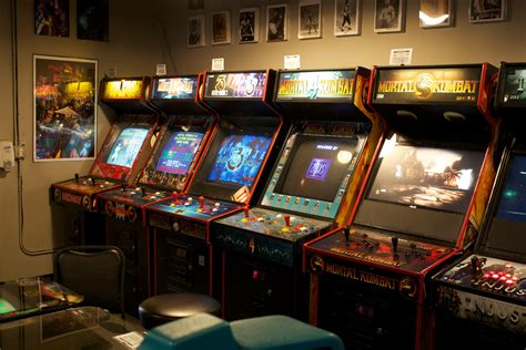 visit  galloping ghost  largest video game arcade
