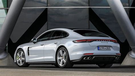 A sports car without compromise for everyday use. 2021 Porsche Panamera 4S E-Hybrid Sedan Review- Price, Performance, Features, Mileage, And Rivals