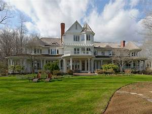 Lakefront Compound  Greenwich Ct Single Family Home