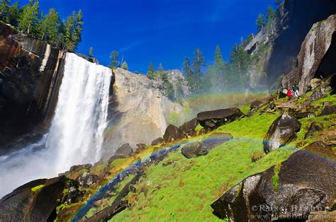 Vernal Falls Hikers The Mist Trail Yosemite