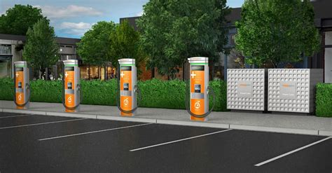ChargePoint Express Plus Debuts: Offers Industry High 400