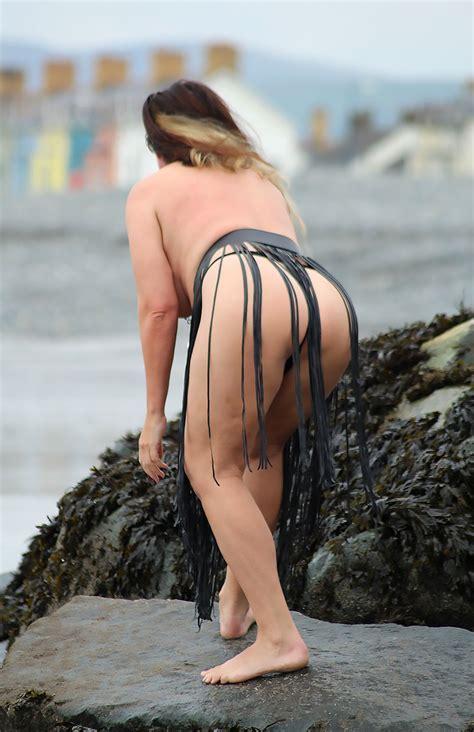 Lisa Appleton Topless And Fat British Piggy Scandal Planet