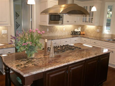 autumn crema bordeaux granite counters with